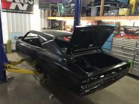 Charger Black Chassis Img